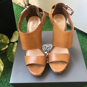 NWB Vince Camuto Wedges